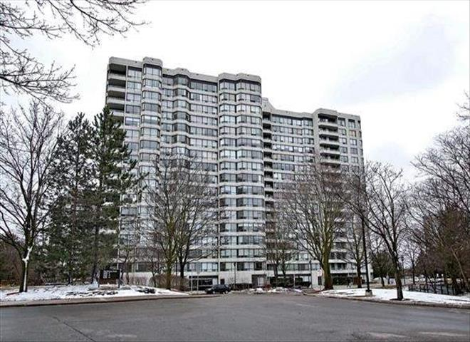 1121 Steeles Ave W